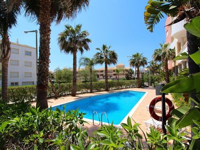 Photo for Apartment with pool at 15 min walk from the beach