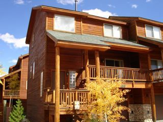 Photo for Luxury Lookout Ridge Townhome In the Heart of Summit County
