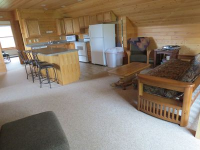 Clean, modern décor close to golfing, fishing, boating, snowmobiling, skiing