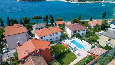 Photo for Villa Oria Pula- beautiful seaside villa with two massage swimmingpools