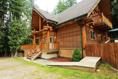Son Country Chalet