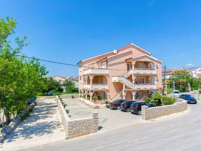 Photo for Apartment in Novalja (Pag), capacity 4+1