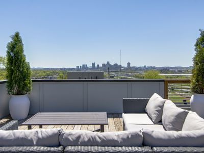 Photo for F3) Rooftop Deck with Nashville Skyline Views