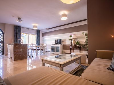 Photo for Luxurious apartment near Puente Romano and Puerto Banus