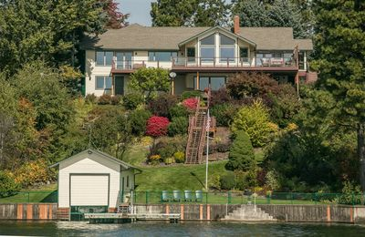 Photo for 6 Bedrooms | 6.5 Bathrooms | House in Sandpoint
