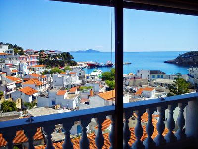 Photo for Angelos Central Apartment with Sea View