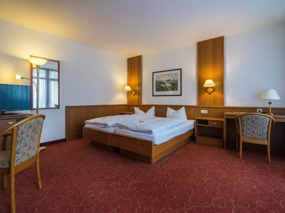 "Photo for Comfort Double Room, Shower, Toilet - Hotel ""Zur Post"""