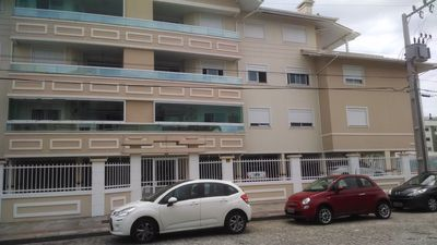 Photo for Beautiful fit Praia dos Ingleses, AR, WI-FI, TV, 2 bars, 1 block from the beach.
