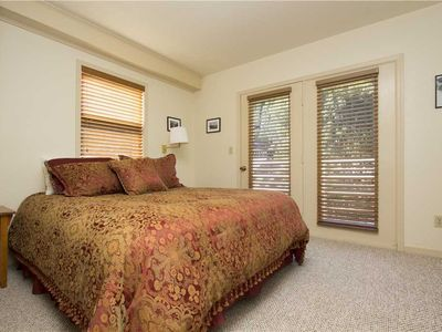 Photo for Top-Floor Unit Near Lift #7 & River Trail With Pool, Hot Tub Access