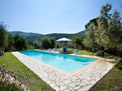 Photo for Private Villa with WIFI, private pool, TV, panoramic view, parking, close to Greve In Chianti
