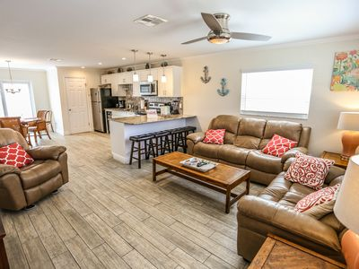 Photo for Welcome to Coral By The Sea 3052, your quiet, spacious, comfortable, and well-located address in paradise.