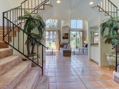 Photo for Two-story mountainview condo w/ patio, shared pool, hot tub - golf courses