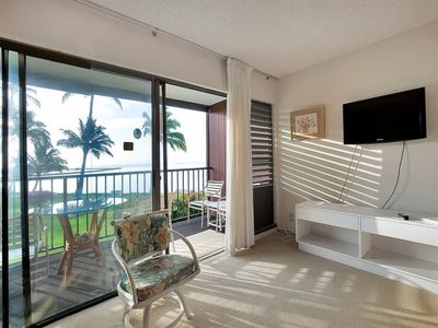 Photo for Mellow Vibe@Ocean's Edge! Flat Screen, Lanai+Kitchen For Meal Ease–Molokai Shores 204