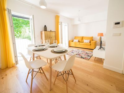 Photo for Intendente Modern apartment in Graça with WiFi, air conditioning & lift.
