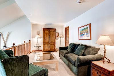 The bright and beautiful 4 Bedroom condo features modern furnishings and full access to resort amenities