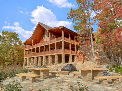 Photo for Aug 8-15 Open! 5% Off 7Nt Stay* Spacious Log Cabin, Mtn View, Huge Fire Pit