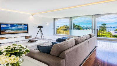 Photo for Pristine Harbourview Townhouse