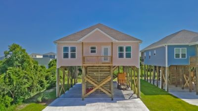Photo for New Beach house with Swimming Pool!  Easy walk to Beach access, Restaurants, Shopping and Park!