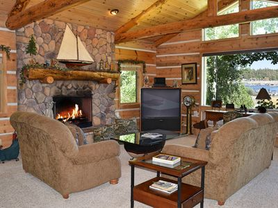 Photo for Patterson's Place: Lakefront in Metcalf Bay! Internet! Propane BBQ! Lake Views!