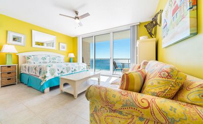 Photo for New Listing! Sunny oceanfront studio w/18th floor Gulf views! 4 pools, hot tub!