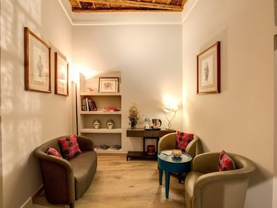 Photo for Charming and superior suite apartment in the heart of Rome on the beautiful Via Giulia