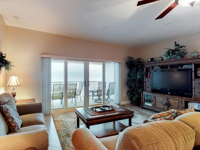 Photo for Welcoming Gulf front condo with shared pool & hot tub, near beach