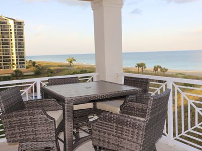 Photo for BEAUTIFUL PENTHOUSE - UNOBSTRUCTED OCEAN VIEWS