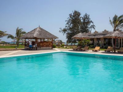 Photo for This beachfront hotel offers wonderful services so that you enjoy you vacation