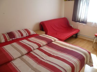 Photo for London large 1 bed apartment  30 min. from city,  20 min. from Olympics