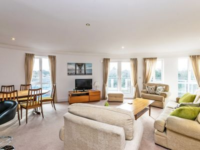 Photo for Stunning 3 bed penthouse with Racecourse views