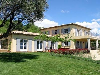 Photo for Very pretty villa with panoramic view of Grasse, Provencal for 12 people