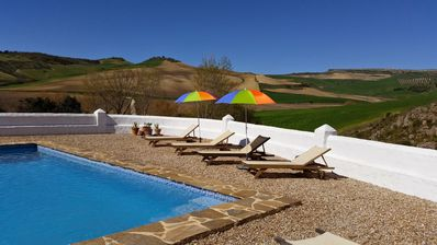 Photo for Traditional country house with pool near Ronda la Vieja