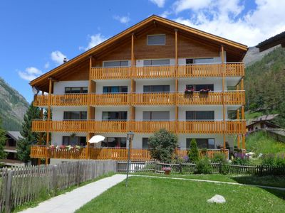 Photo for Apartment Select in Zermatt - 3 persons, 1 bedrooms