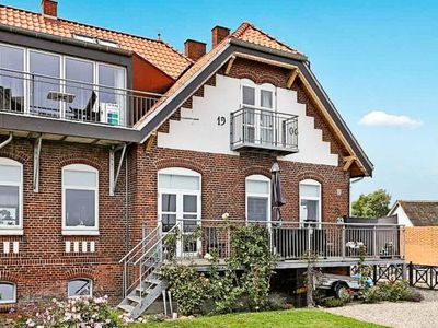 Photo for Apartment Hejlsminde Strand in Hejls - 6 persons, 1 bedrooms