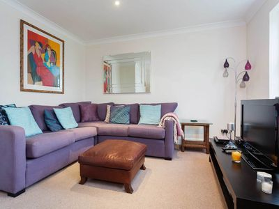 Photo for UP TO 20% OFF - Comfortable 3 bed property, located in leafy Wimbledon (Veeve)