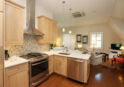 Complete luxury kitchen ~ easy maintenance, fully equipped and very spacious.