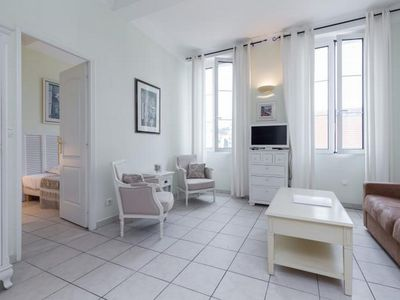 Photo for Comfortable accommodation in Cannes. Short walk to Palais, beach and shopping..