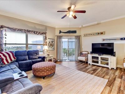 This 3 bedroom 2 bath condominium has all the comforts of home but is located on beautiful Amelia Island.  Ocean Park is located 1 block from the beach, right next door to Ft. Clinch State Park and 2 miles from Historic Centre Street.