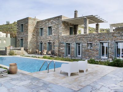 Photo for Luxurious stone built villa with a swimming pool and great sea view.