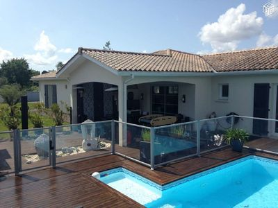 Photo for Villa with pool on the Bay of Arcachon