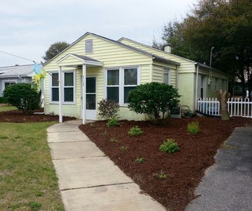 Photo for Super clean beach cottage 2 blocks from beach! Disinfecting measures ..