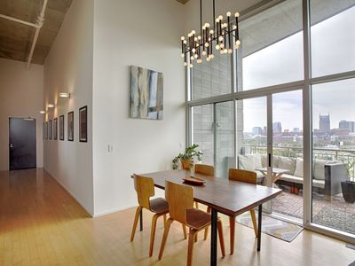 Luxe Two Bedroom Penthouse With Skyline Views, Internet, Gym