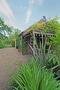 Photo for Holiday Cottage - Lincolnshire Wolds - Hot Tub - Sleeps 2 - Pets welcome