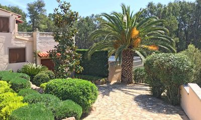 Photo for Villa Maresme, a favorite among holidaymakers. Nice private location. 8 pers