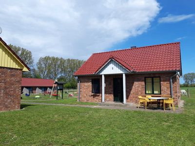 Photo for FH 2 + 3/3-room holiday home Fireplace (53m², max 4 + 1 pers.) - Family holiday farm *** Ostseeland Rerik