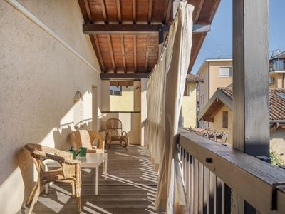 Photo for Charming Holiday Home in Iseo with Terrace