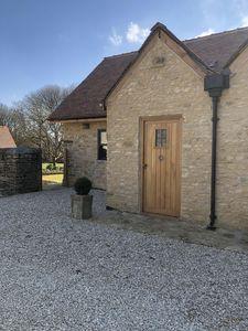 Photo for Beautiful self contained character Cotswold style cottage 15