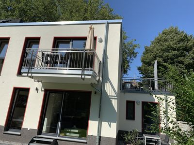 Photo for Sunny apartment with terrace and balcony