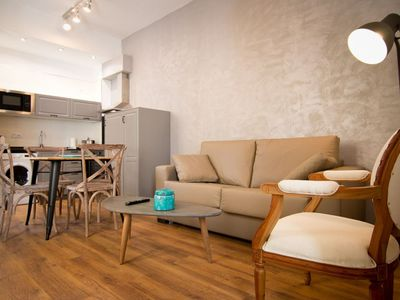Photo for Viento Bajo apartment in Centro with WiFi, air conditioning & balcony.