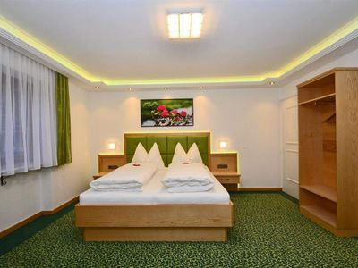 Photo for Double room with balcony - Elisabeth, house